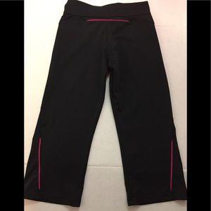 adidas Pants - ADIDAS Capri Workout Pants Black Pink Small 💪🏽